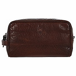 Made by Stitch - Malt 'Bowfell' handmade leather wash bag