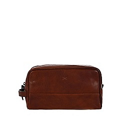 Made by Stitch - Treacle 'Bowfell' handmade vintage leather wash bag