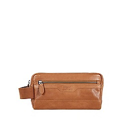 Conkca London - Tan 'Windermere' handcrafted leather wash bag