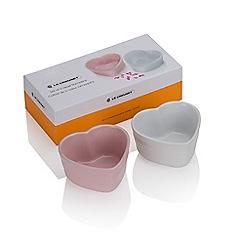 Le Creuset - Set of 2 stoneware heart ramekins