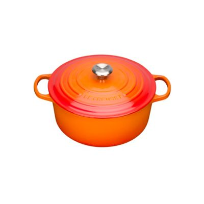 Le Creuset Volcanic signature 18cm round casserole - . -