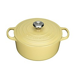 Le Creuset - Signature Round Casserole 24cm Elysees Yellow