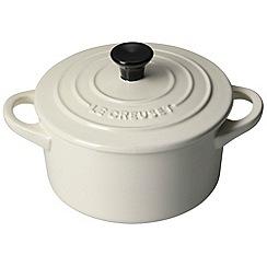 Le Creuset - Almond stoneware 14cm round casserole