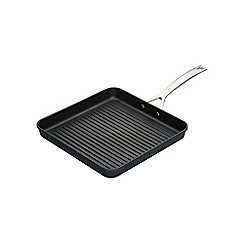 Le Creuset - Toughened Non-Stick 23cm Ribbed Square Grill