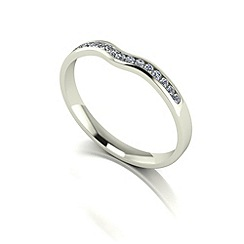 Love Story - 9ct white gold 0.15ct diamond wedding band