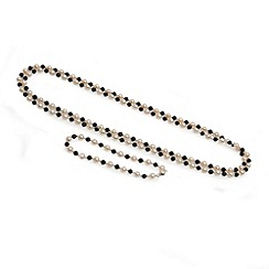 Love Story - Freshwater pearl and onyx set silver clasp