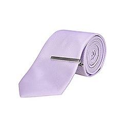Burton - Lilac tailored silk with tie clip