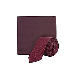 Burton - Burgundy textured tie and pocket square
