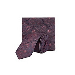 Burton - Burgundy tie and pocket square