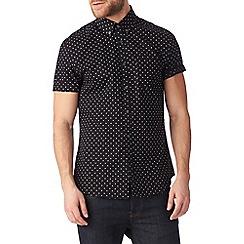 Burton - Short sleeve black printed shirt