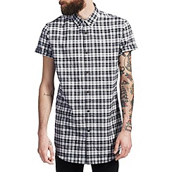 Burton - Black check longline shirt*