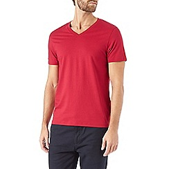 Burton - Red v-neck t-shirt