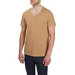 Burton - Camel v-neck t-shirt