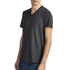 Burton - Charcoal v-neck basic t-shirt*