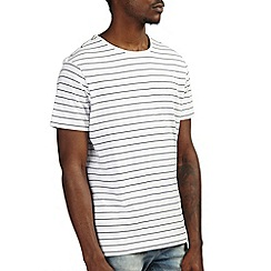Burton - White & navy stripe t-shirt