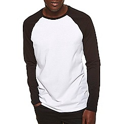 Burton - Black & white raglan t-shirt
