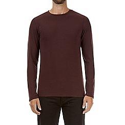 Burton - Burgundy muscle fit long sleeve t-shirt