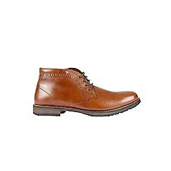 Burton - Tan chukka boots