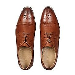 Burton - Tan leather toe cap shoes