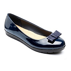 Freestep - Navy 'Faye' ballerina shoes