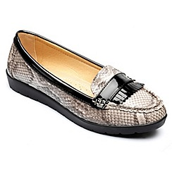 Freestep - Grey 'Sophia' loafer shoes