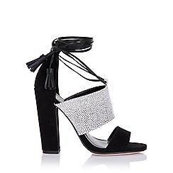Paper Dolls - Nixie monochrome sandals with tassels