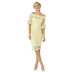 Paper Dolls - Yellow crochet dress