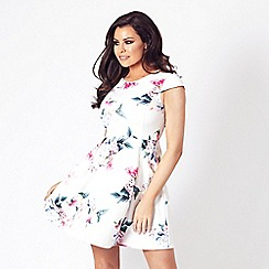 Jessica Wright for Sistaglam - Cream 'Telula' floral mini prom dress