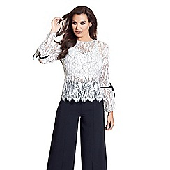 Jessica Wright for Sistaglam - White 'Misha' long sleeves lace top
