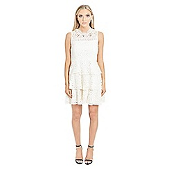 Jessica Wright for Sistaglam - White 'Dorsey' victorian neckline sleeveless teared crochet lace dress