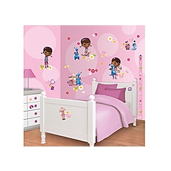 Walltastic - 'Disney Doc McStuffins' room decor kit