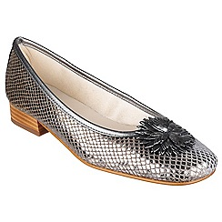 Riva - Pewter 'La plaque' ballerina shoes