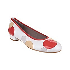 Riva - Coral/white 'Moosha' leather shoes