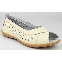 Amblers - Beige 'Rococo' peep toe shoes