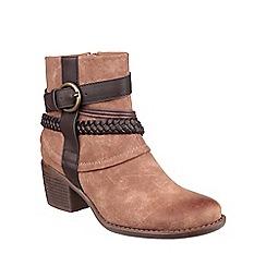 Divaz - Tan 'Vado' ankle boots