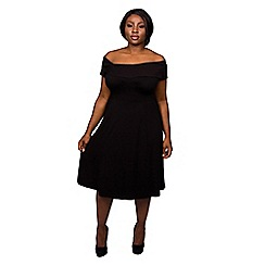 Scarlett & Jo - Black plus size hug shoulder dress