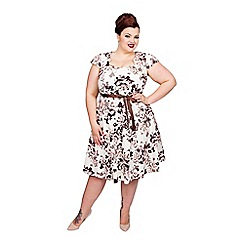Scarlett & Jo - Ivory plus size sweetheart dress