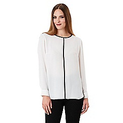 Celuu - Ivory 'Tyra' pleat back blouse