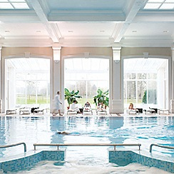 Buyagift - Champneys Overnight Escape with Lunch and Dinner for Two at Henlow