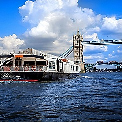 Buyagift - Bateaux Thames Lunch Cruise Gift Experience for 2
