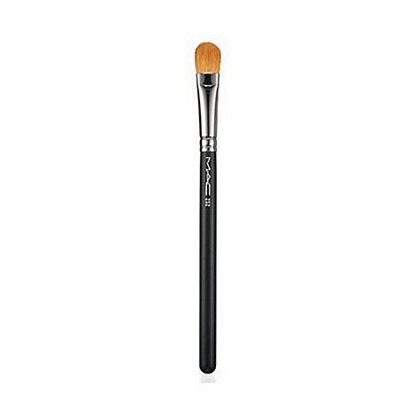 MAC Cosmetics - 252 Large Shader Brush