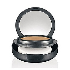 MAC Cosmetics - Studio Tech Foundation