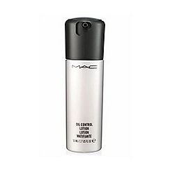 MAC Cosmetics - Oil Control Lotion