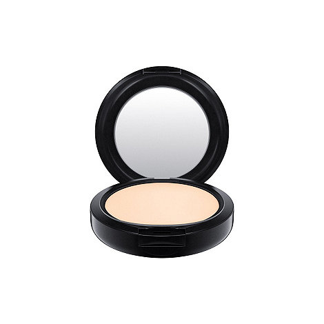 MAC Cosmetics - +Studio Fix Plus+ powder foundation