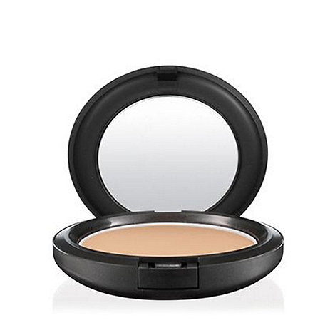 MAC Cosmetics - Studio Careblend/Pressed Powder