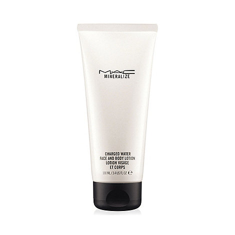 MAC Cosmetics - +Mineralize Charged Water+ face and body lotion 100ml