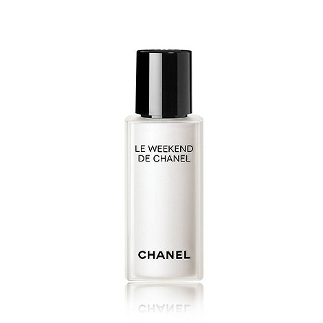 CHANEL - LE WEEKEND DE CHANEL Renew