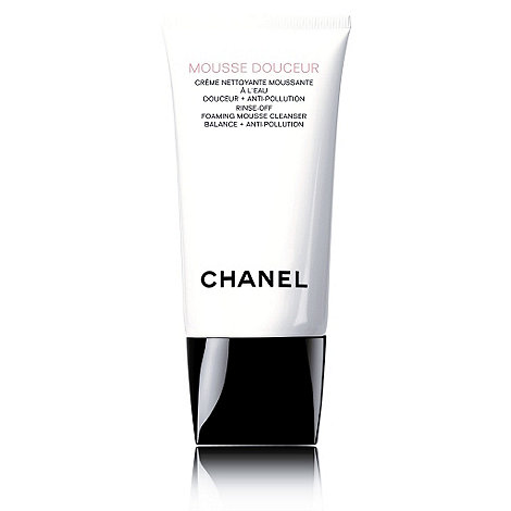 CHANEL - MOUSSE DOUCEUR Rinse-Off Foaming Mousse Cleanser Balance + Anti-Pollution