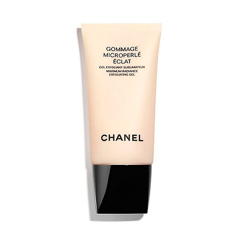 CHANEL - GOMMAGE MICROPERLÉ ÉCLAT Maximum Radiance Exfoliating Gel
