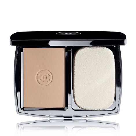 CHANEL - MAT LUMIÈRE Luminous Matte Powder Makeup - SPF 10